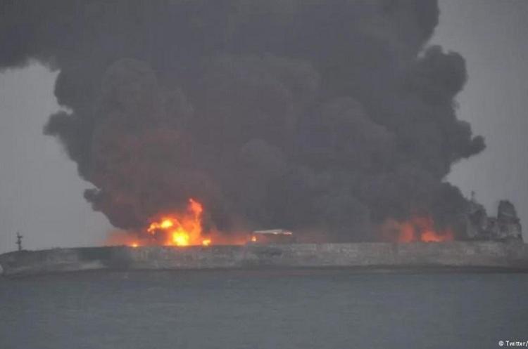 Два судна зіткнулися біля берегів Китаю: 32 члени екіпажу зникли безвісти