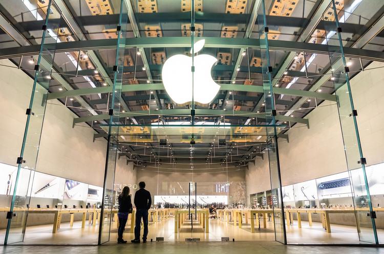 Акціонери Apple закликають компанію боротись із залежністю підлітків від iPhone