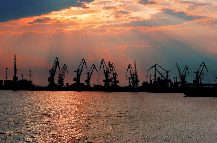 Херсонський морський порт скоротив перевалку вантажів на 10% за минулий рік