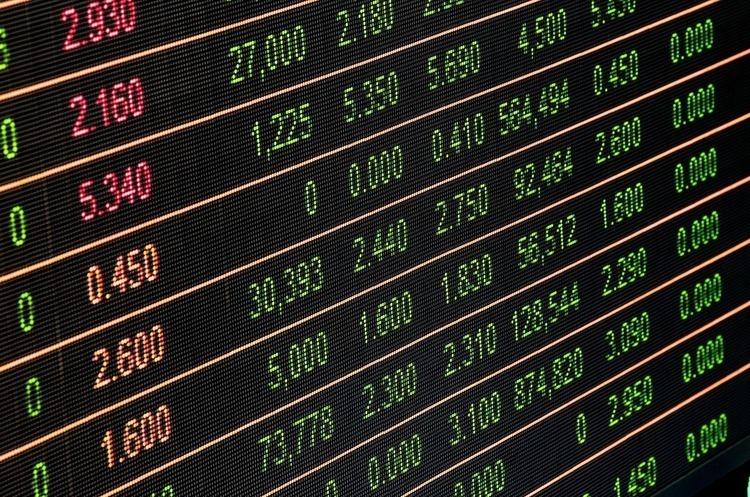 Курси валют долар подорожчав до гривні на всіх сегментах валютного ринку