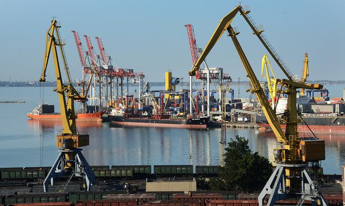 Імпорт нафтопродуктів через морські порти України зріс на 19% у 2017 році