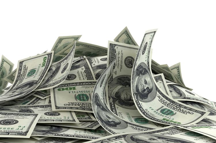 Негативне сальдо зовнішньої торгівлі України досягло п'яти мільярдів доларів