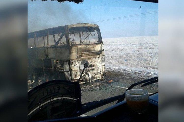 В автобусі в Казахстані заживо згоріли 52 людини