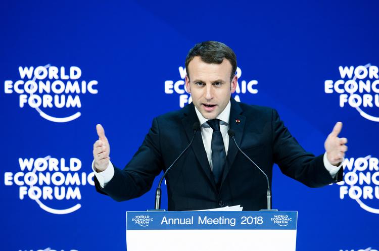 Макрон хоче закрити всі ТЕЦ на вугіллі у Франції