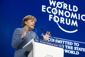 Підсумки другого дня Давоса: пристрасті за Трампом, ризики торгових воєн і життєстверджуюча Меркель