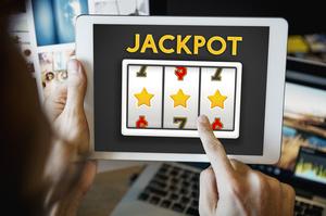 Бізнес, якого нібито немає: як розвиваються інтернет-казино в Україні