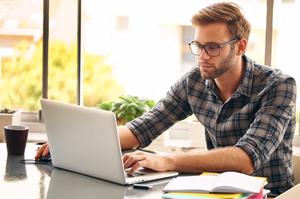 Освітній лютий: 5 безкоштовних онлайн-курсів з бізнесу, що стартують наступного місяця