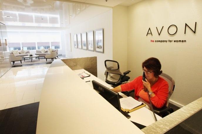 Компанію Avon можуть продати через падіння акцій