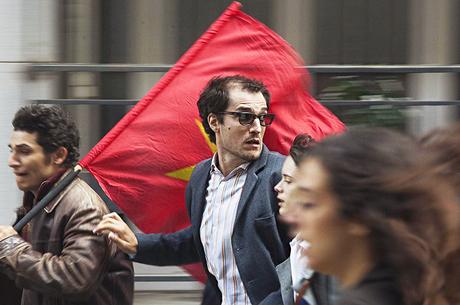 «Молодий Годар»: чим цікава біографічна комедія про французького режисера