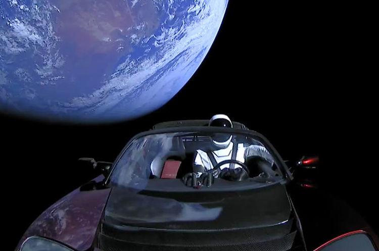 Ракету Ілона Маска Falcon Heavy успішно запустили в космос (ПРЯМА ТРАНСЛЯЦІЯ)