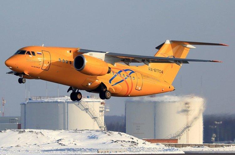Літак «Саратовських авіаліній» з 71 людиною на борту розбився в Підмосков'ї