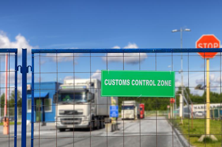 Близько 90% товарів на експорт оформлюються у режимі онлайн