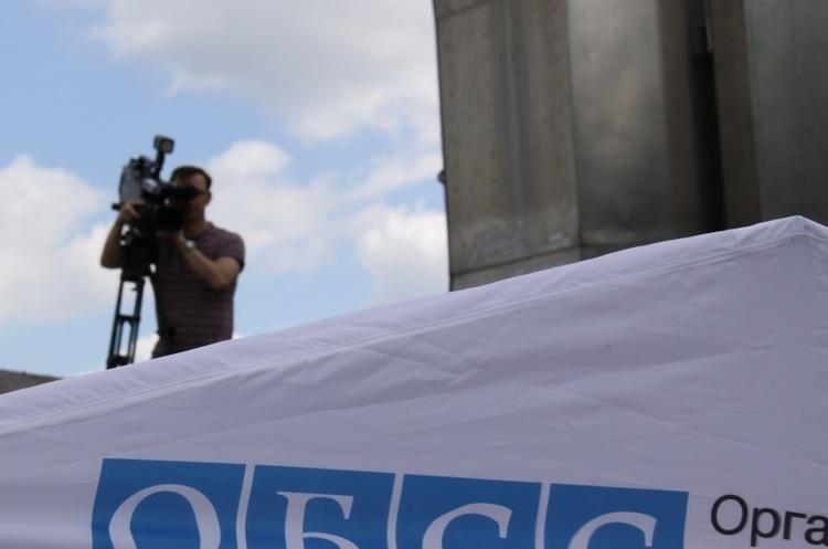 ОБСЄ за добу зафіксувала 465 вибухів на Донбасі