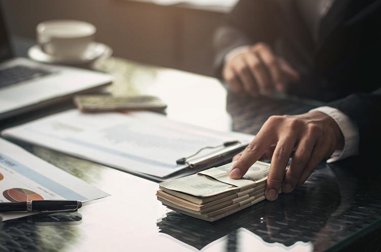 Хто кому резидент: як поєднати інвестиційні програми та податкову прозорість
