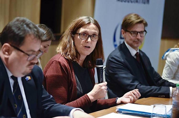 Стало відомо, які заходи введе ЄС проти США у відповідь на підняття тарифів на сталь і алюміній