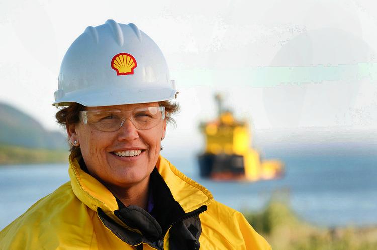 Енергійний гендер: скільки жінок працює у нафтогазових компаніях світу