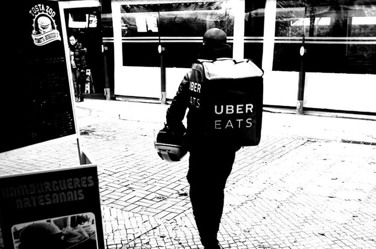 Uber планує запустити в Україні сервіс доставки їжі на початку літа