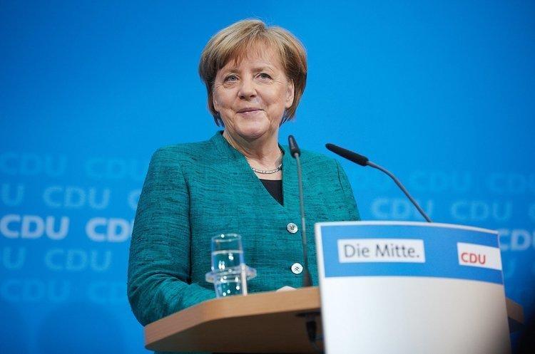 Меркель вчергове стала федеральним канцлером Німеччини