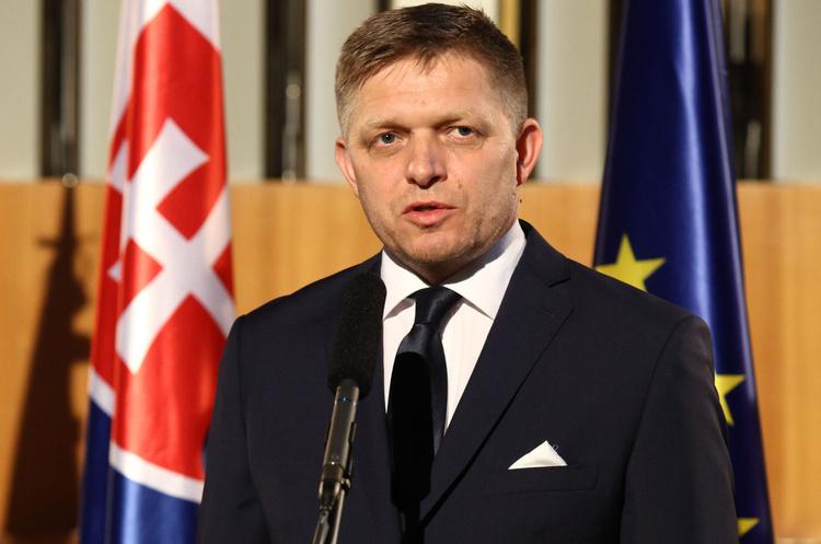 Прем'єр-міністр Словаччини пішов у відставку