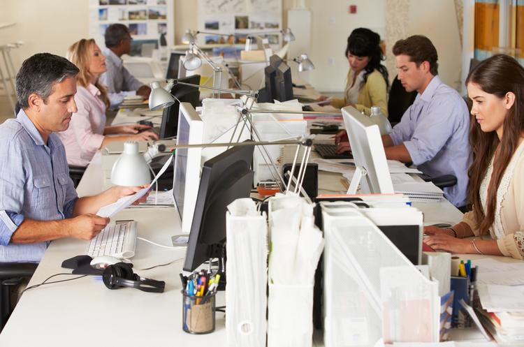 Середній робочий рік українців на 48% довший, ніж у німців