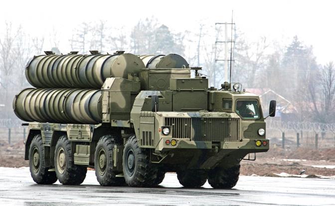 Надійний щит чи діряве корито: в якому стані українська система ППО