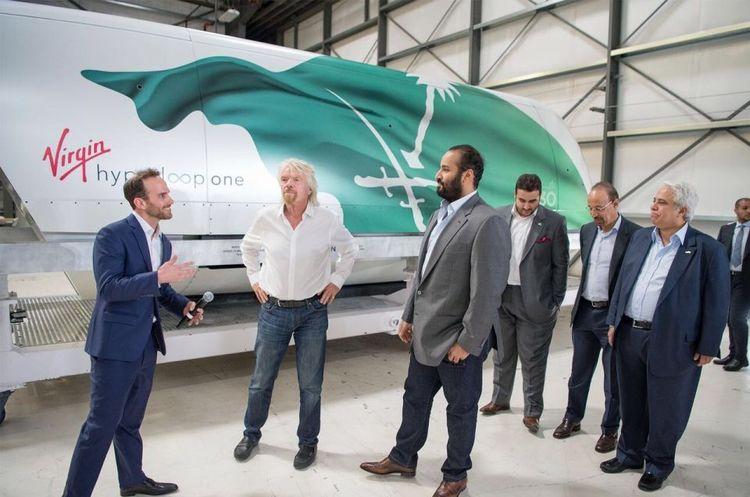 Virgin Hyperloop One показала нову пасажирську капсулу, призначену для Саудівської Аравії (ВІДЕО)