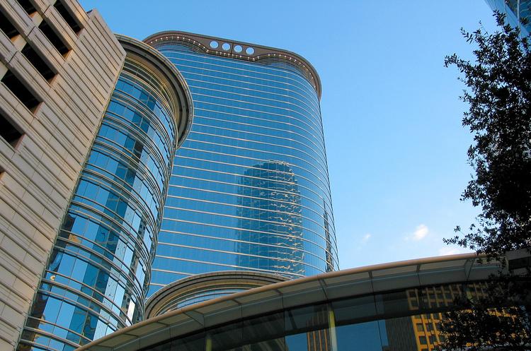 Показовий крах: як історія американської Enron перекроїла корпоративне правове поле світу