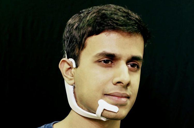 Без рук, без голосу: новий пристрій дозволить керувати комп'ютером силою думки