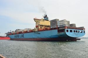 Контейнерний термінал ТІС прийняв судно Maersk Klaipeda