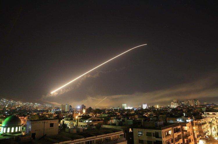 США, Британія та Франція вдарили по Сирії (ВІДЕО)