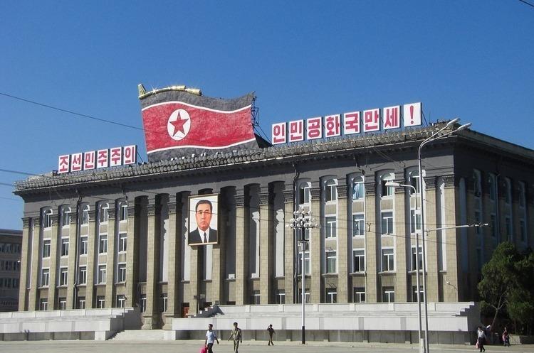Північна Корея святкує День сонця – річницю з дня народження Кім Ір Сена