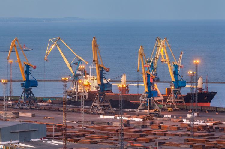 Одеський морський порт за січень – березень перевалив на 7,6% менше вантажів, ніж роком раніше