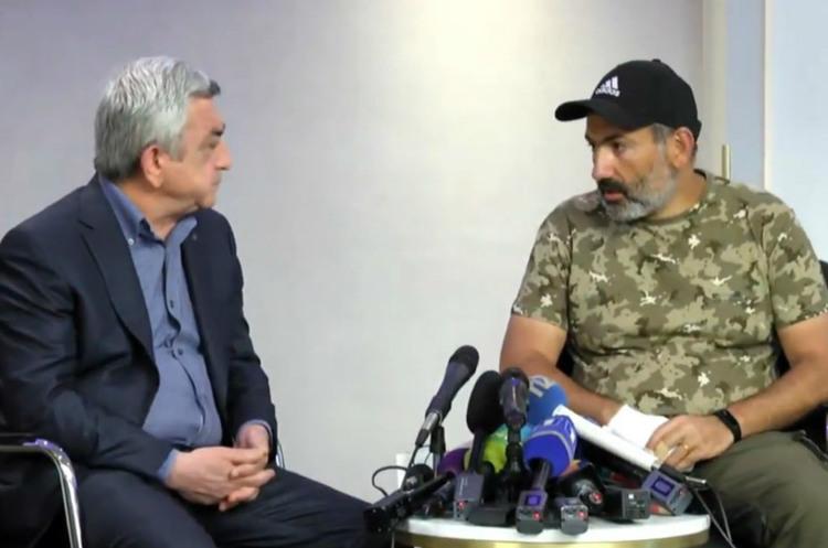 Переговори вірменського прем'єра Саргсяна та лідера опозиції Пашиняна провалилися