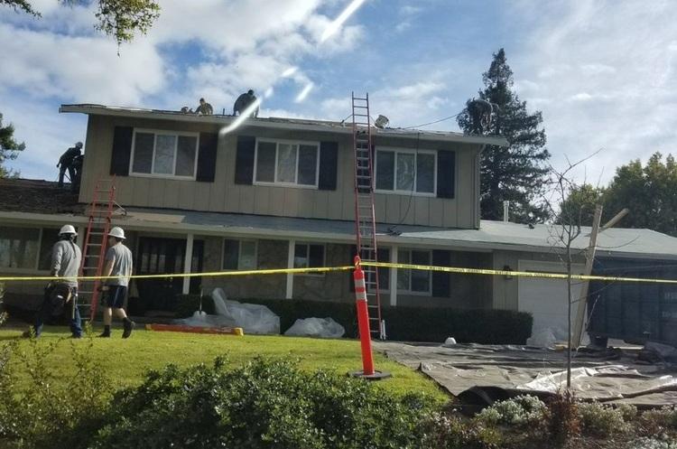 На усі нові будинки в Каліфорнії тепер зобов'язані встановлювати сонячні дахи