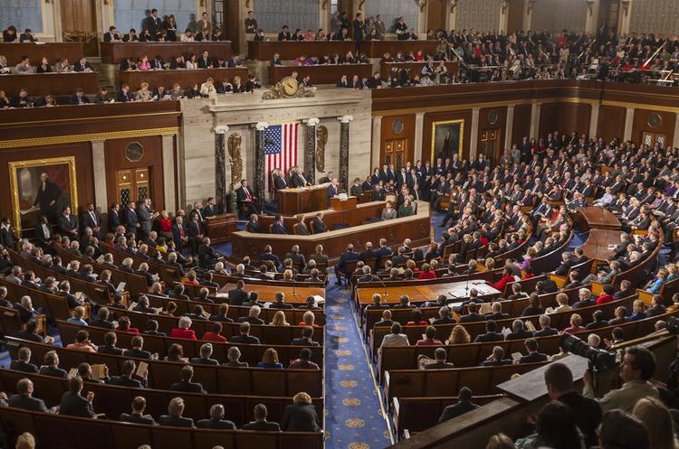Конгрес США опублікував політичну рекламу, замовлену росіянами на Facebook