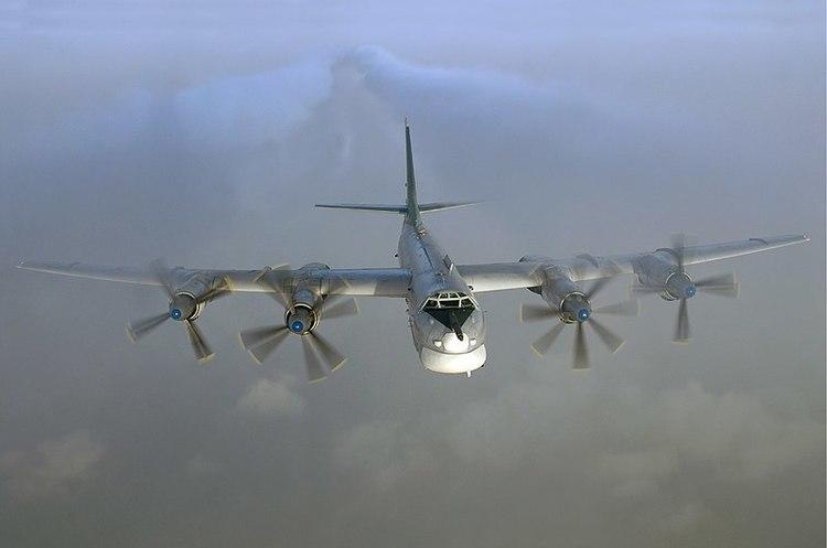 Винищувачі США перехопили два російських бомбардувальники біля Аляски