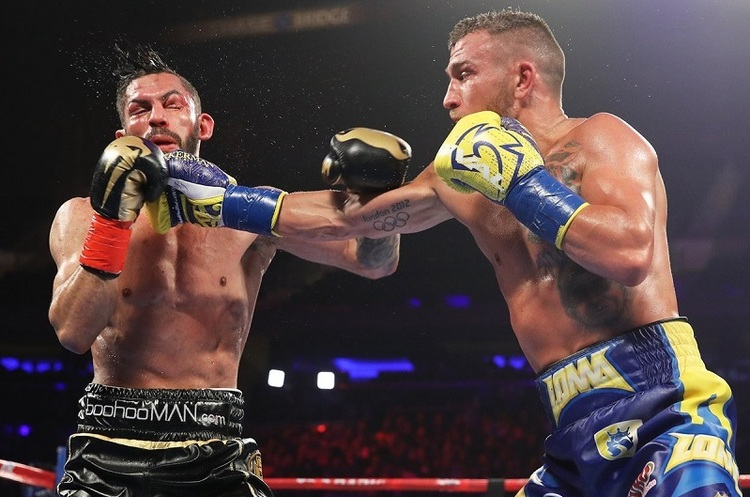Український боксер Василь Ломаченко переміг суперника і встановив світовий рекорд