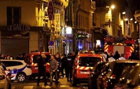 Теракт у Парижі: вихідець з Чечні напав з ножем на перехожих, є загиблі