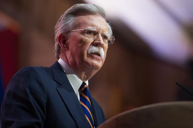 США можуть ввести санкції проти ЄС через Іран – радник Трампа