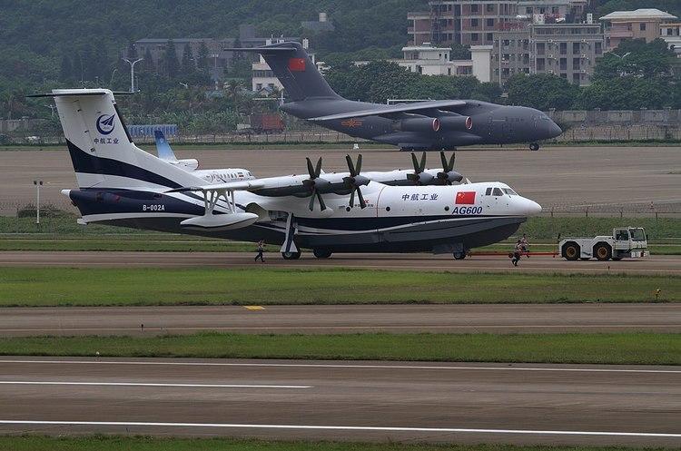 Китай розраховує почати постачання свого найбільшого у світі літака-амфібії до 2022 року