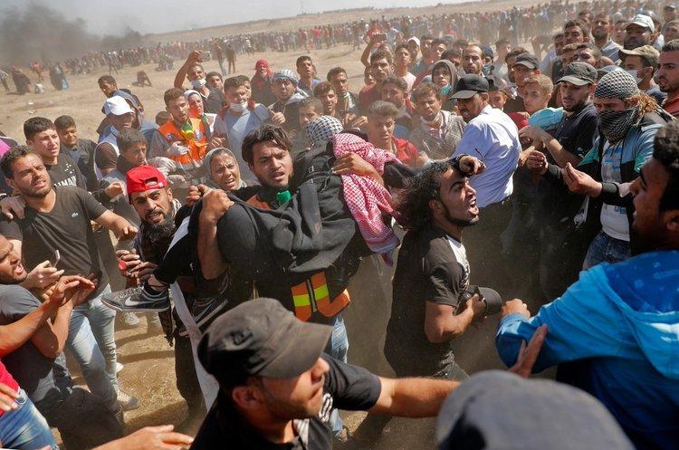Палестинці атакують кордон з Ізраїлем, протестуючи проти відкриття посольства США, десятки убитих