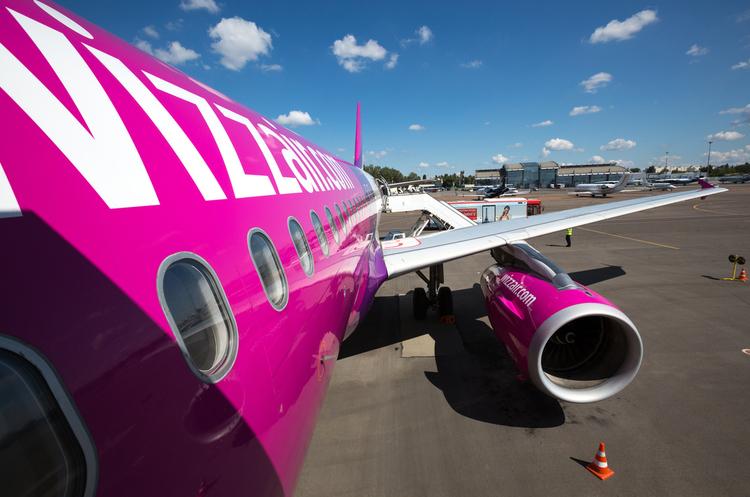 Wizz Air на своєму найбільшому літаку Airbus A321 вперше виконала рейс в Україну