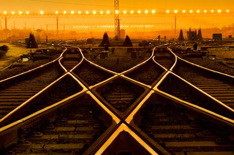 Розв'язати вУЗол: чому залізниці потрібно інвестувати в рейки, шпали і дроти
