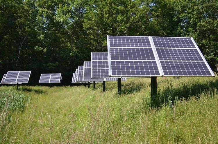 Завод з виробництва сонячних батарей запустили в Запорізькій області