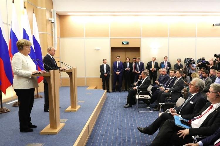 Путін обіцяє зберегти транзит газу через Україну після запуску «Північного потоку – 2»