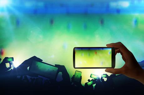 Сообразили на троих: как финал Лиги чемпионов УЕФА объединил мобильных операторов