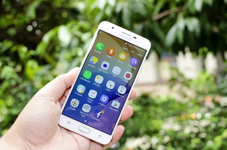 Samsung програв справу щодо патентів Apple: скільки втратить компанія