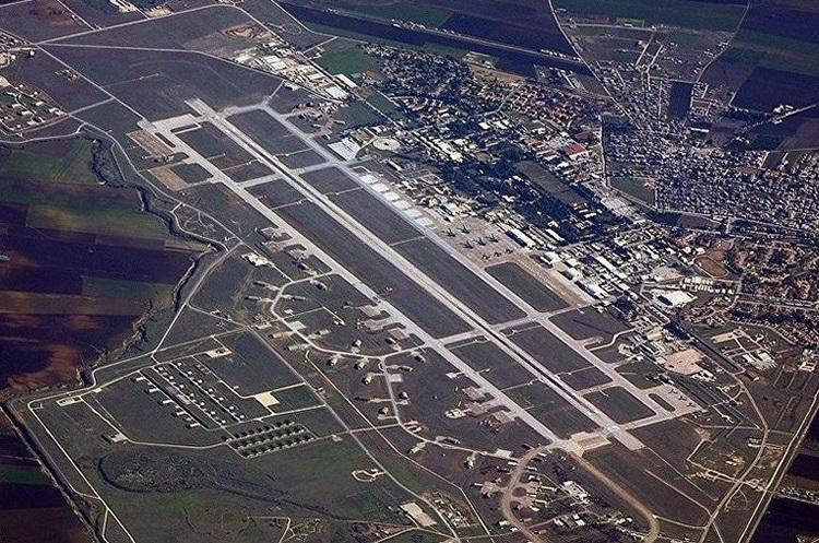 Туреччина погрожує закрити американську авіабазу Інджирлік і купувати літаки в Росії