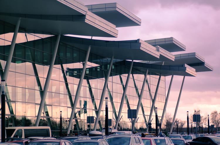 Польща планує побудувати один з найбільших аеропортів у Європі