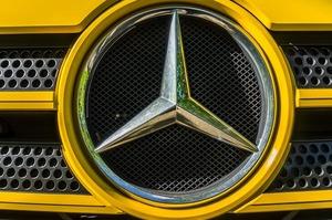 Mercedes-Benz відкликає майже 1500 своїх моделей Sprinter у Росії